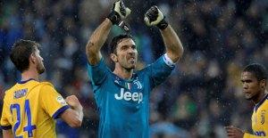Buffon Ingatkan Juventus Boleh Puas Namun Jangan Besar Kepala