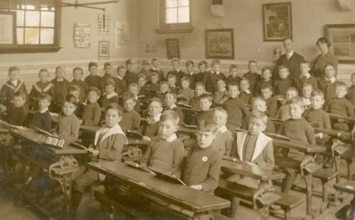 Unidentified boys'school, Tarih: Yaklaşık 1905