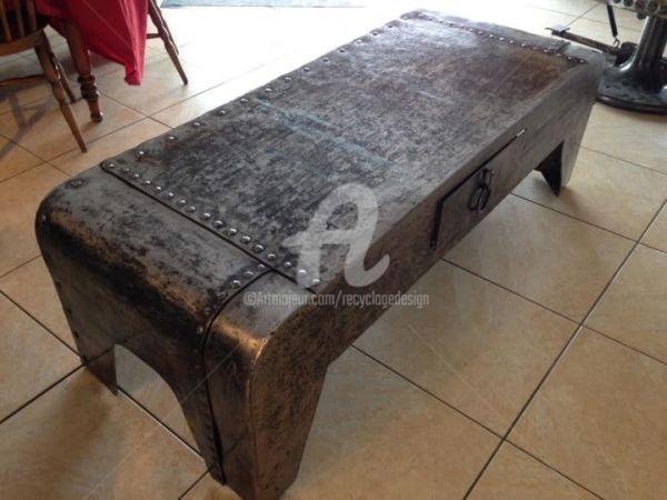 Table Basse Tal 'poque Avec Rivets Eiffel Recyclage