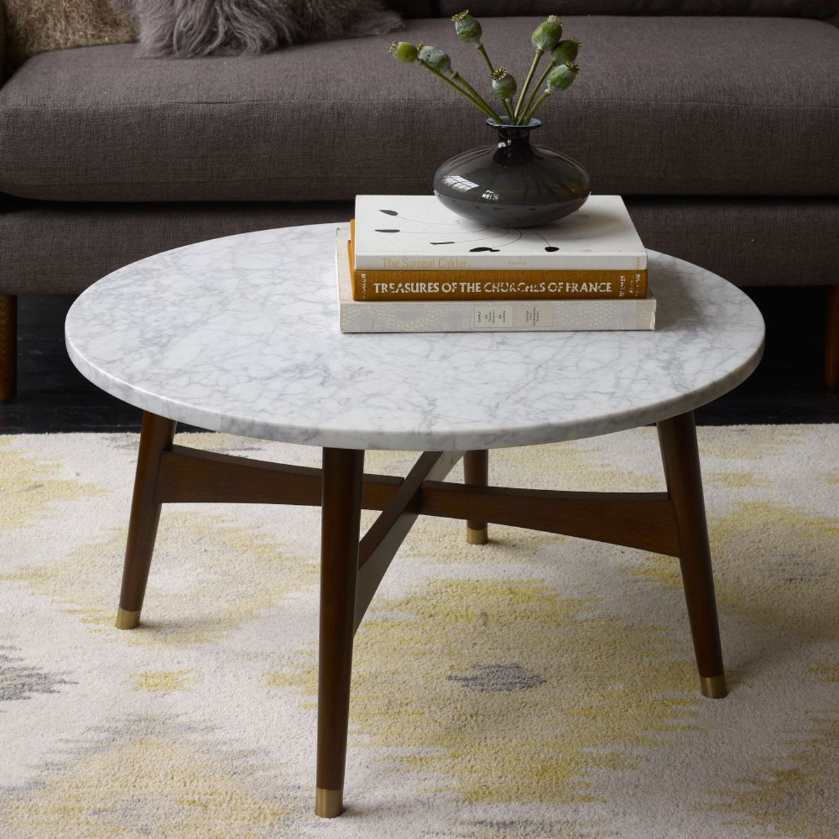 small coffee table benefits and tips