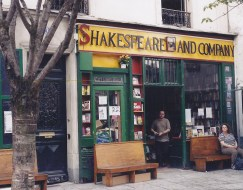Shakespeare and Co- Paris