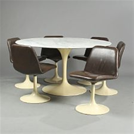 table with swivel chairs edwardian bedroom chair a circular and six set of 7 by eero saarinen on