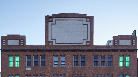 Former Dia Building Sold Real-Estate Firm,