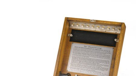 Bonhams Sends Early Computing Artifacts Auction