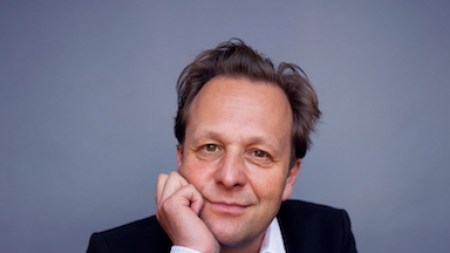 Daniel Birnbaum Announces Exit from Moderna