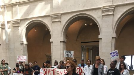 Nan Goldin, Activists Bring Sackler Protest