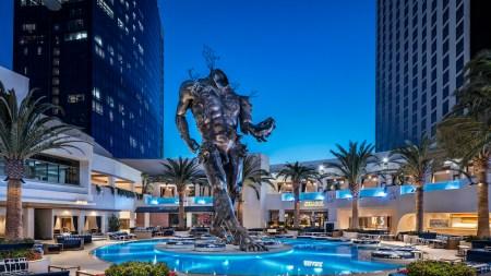 Las Vegas Palms Unveils Damien Hirst