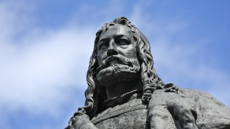 A statue of Albrecht Dürer in