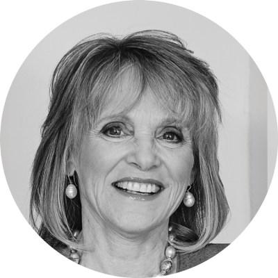 Portrait of Barbara Lee.