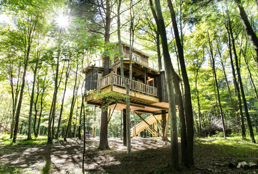 Moonlight Tree House In Ohio