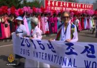 Women peace activists cross North-South Korea border (May 2015)