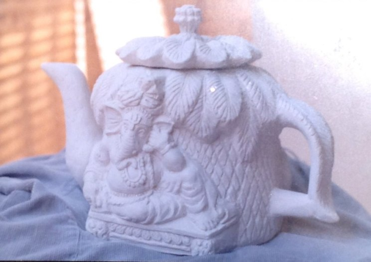 Авторская работа из шамота — обожженной скульптурной глины.