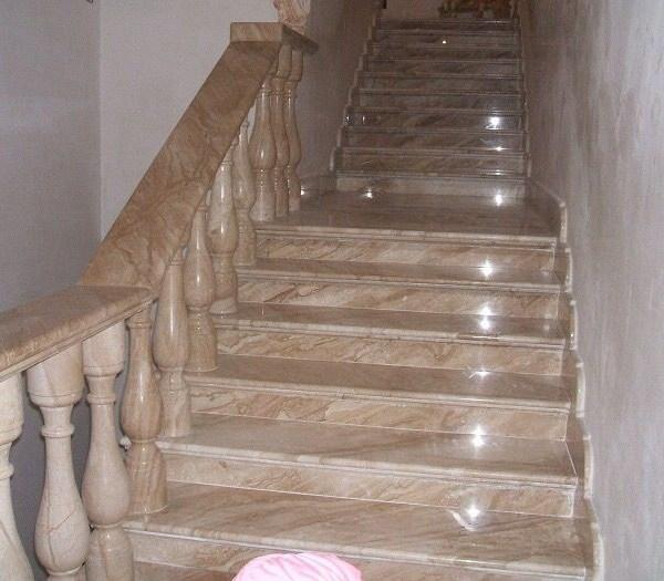 Лестница из натурального камня 5