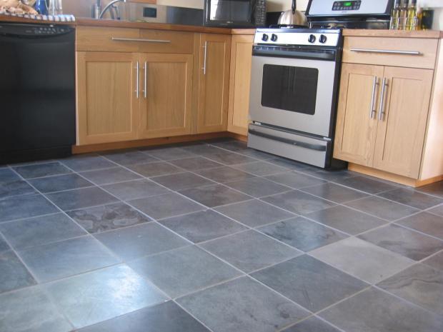 Slate Tile Kitchen - Home Design Ideas