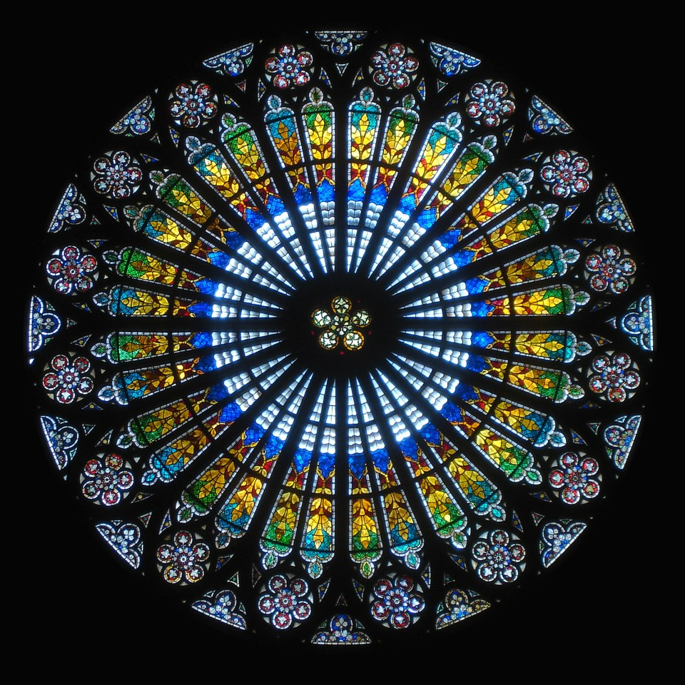 Interior Rose window in the cathedral of Strasbourg, France - copy in Public Domain from Wikimedia