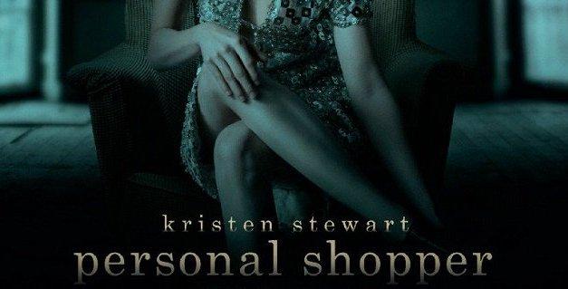 La notte e l'assenza si tingono di blu. Personal Shopper