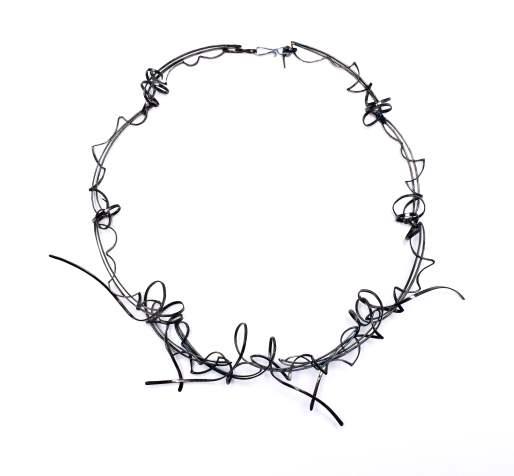 Sarah Warsop: neckpiece
