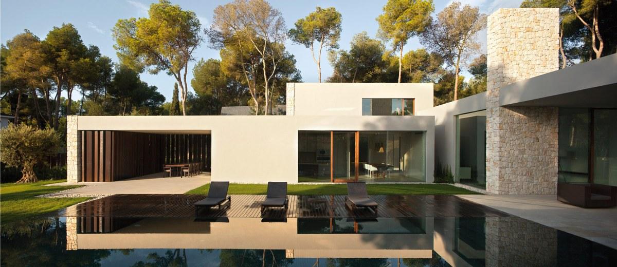 Forest House - façade et jardin