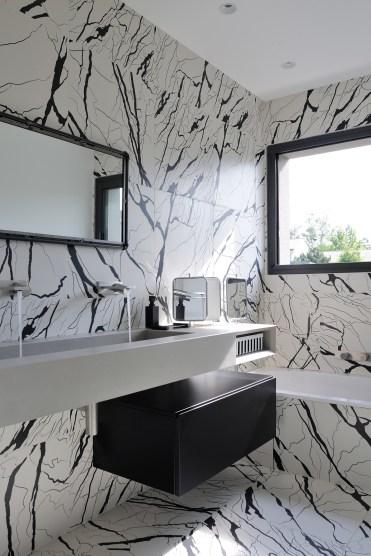 Salle de bains des enfants © Studio Erick Saillet