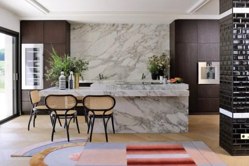 Cuisine en marbre © Studio Erick Saillet