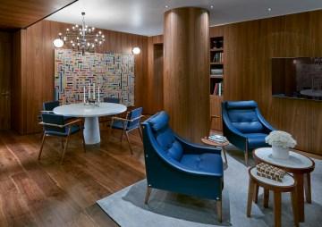 MOMLN Premier Suite Living 02