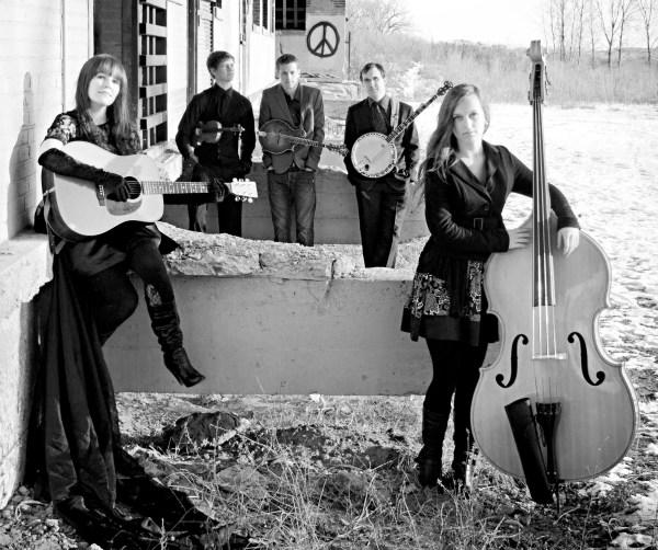 Bluegrass Pop- Performances Inaugurate Artreach Mobile