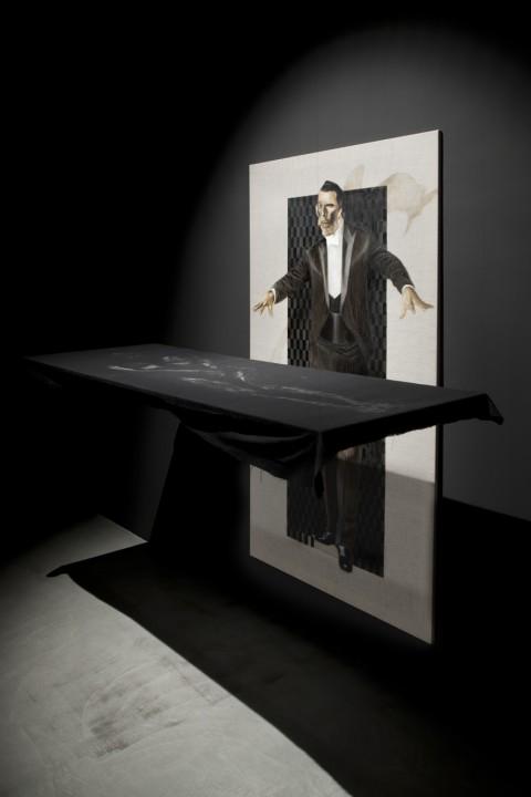 Giulio Frigo - Prestigiatore - 2012 - 2 parti, olio su tela, gouache su lino - courtesy Francesca Minini, Milano