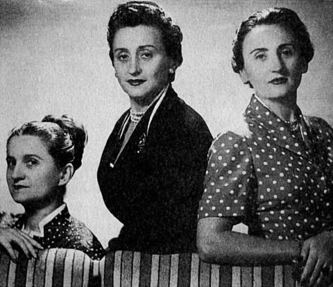 Le tre sorelle Fontana: da sx Zoe, Micol, Giovanna