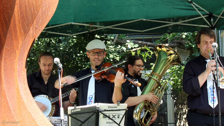 Dixie Heartbreakers beim Jazzfrühschoppen im Weiler Erbachshof