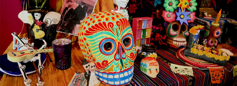 MULTIMEDIA | Celebrate El Día de Los Muertos (Day of the Dead) with a full day of live entertainment, cultural demonstrations, and an eclectic mix of art-making experiences at San José Museum of Art.