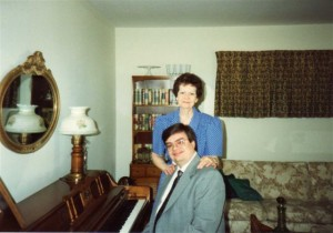 AT THE PIANO WITH MOM