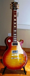 200px-Gibson_Custom_50th_Anniversary_1959_Les_Paul_Standard_(2009)_brighten