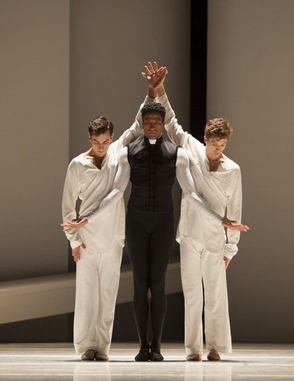 Friar Laurence (Karel Cruz) with his acolytes, Jerome Tisserand (L) and Andrew Bartee in Maillot's Roméo et Juliette. Photo: Angela Sterling