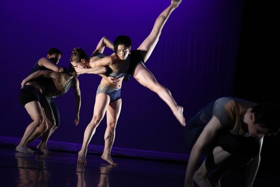 Center: Natsuki Arai lifts Jennifer McQuiston Lott in Dividing Line. Photo: Julieta Cervantes