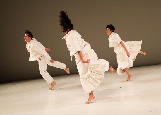 (L to R) Levi Gonzalez, Hristoula Harakas, and Rebecca Serrell Cyr in Donna Uchizono's State of Heads. Photo: Ian Douglas