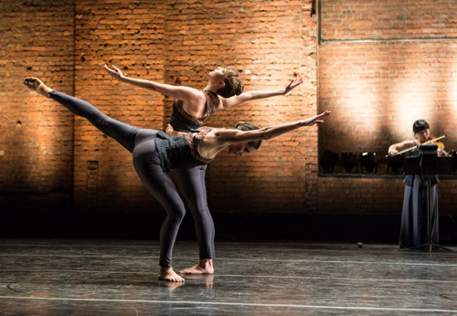 Melissa Toogood (front) and Maggie Cloud in Pam Tanowitz's Passagen. Photo: Yi-Chun Wu