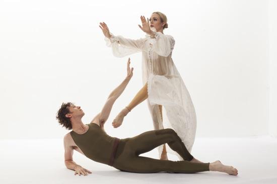 Sean Mahoney and Jamie Rae Walker in Paul Taylor's American Dreamer. Photo: Tom Caravaglia