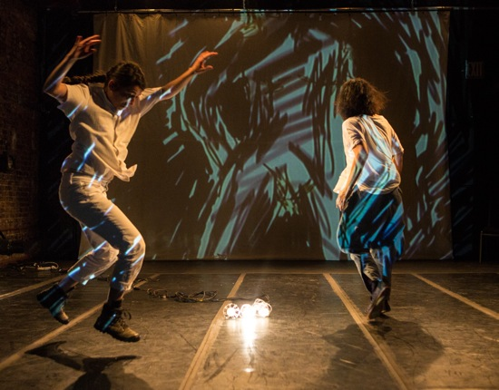 Rebeca Medina (L) and Yoshiko Chuma against Kit Fitzgerald's projections. Photo: Yi-Chun Wu