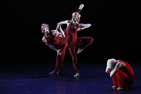 Jennifer Muller's Whew! (L to R): Michael Tomlinson, Caroline Kehoe, and Shiho Tanaka. Photo: Carol Rosegg