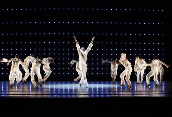 Alvin Ailey American Dance Theater in Robert Battle's Awakening, Jamar Roberts center. Photo: Paul Kolnik