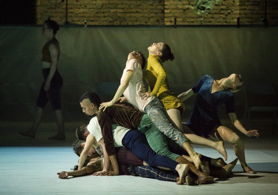 Gallim Dance in Whale. (L to R): Daniel Staaf, Georgia Usborne, Austin Tyson, Matthew Perez, Paul Vickers, Gwyneth Mackenzie, Celine D'Hont; at back, Allysen Hooks. Photo: Yi-Chun Wu