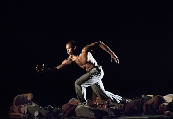 Jamar Roberts in Rennie Harris's Exodus. Photo: Paul Kolnick