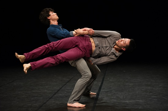 Cheol-in Jeong supporting Jae-wu Jung in Soon-ho Park's Balance and Imbalance. Photo: Christopher Duggan