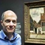 Amsterdam's Glorious Rijksmuseum Defaced By Banal Post-Its