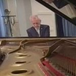 Pianist Collapses And Dies Mid-Performance