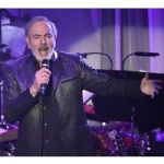 Neil Diamond, Suffering From Parkinson's Disease, Will End His Touring