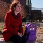 How The Puppeteer For 'Unbreakable Kimmy Schmidt' Made A Talking Backpack So Emotional