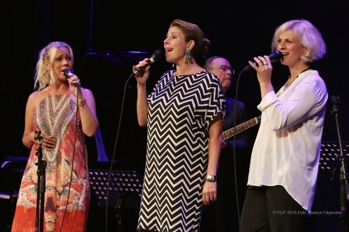 3 Swedish singers
