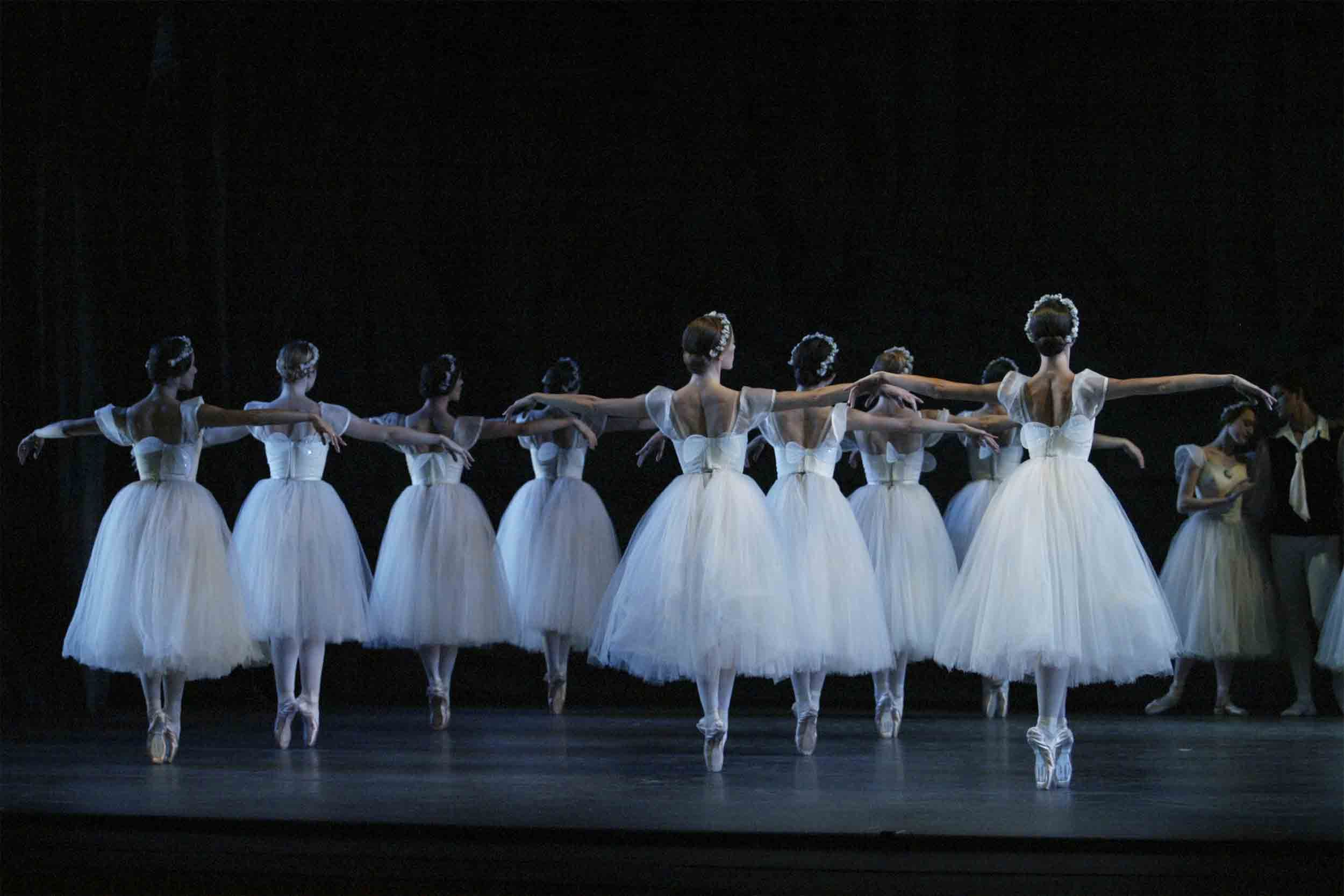 ABT in Les Sylphides. Photo Rosalie O'Connor ©. Picture Source: [Artsjournal.com]