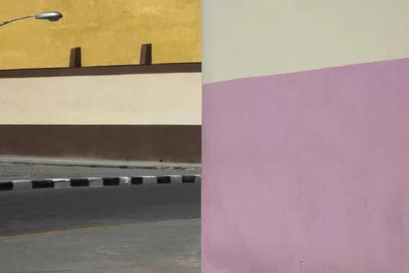 Franco Fontana, Havana, 2017; Stampa Colour Fine Art Giclée, Hahnemuhle Baryta FB 350 gsm su Dibond. 200x136 cm Copyright Franco Fontana. Courtesy Franco Fontana Studio